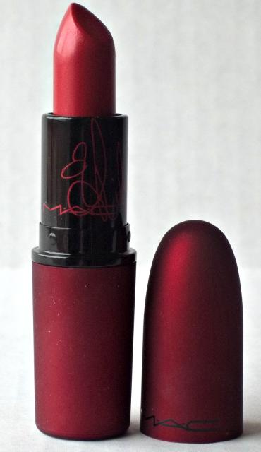Viva Glam Rihanna Lipstick Open on southeastbymidwest.com