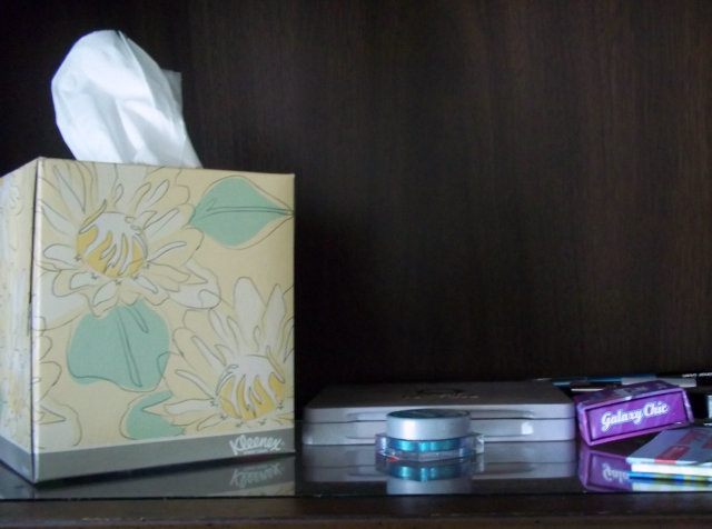 Kleenex on Makeup Shelf on southeastbymidwest.com #kleenexstyle #sponsored