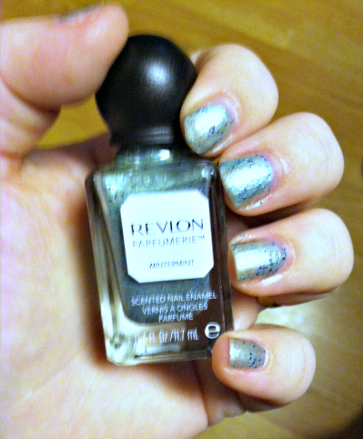 Revlon Scented Nail Polish in Wintermint Two Coats on southeastbymidwest.com #nails #nailart #bbloggers #revlon