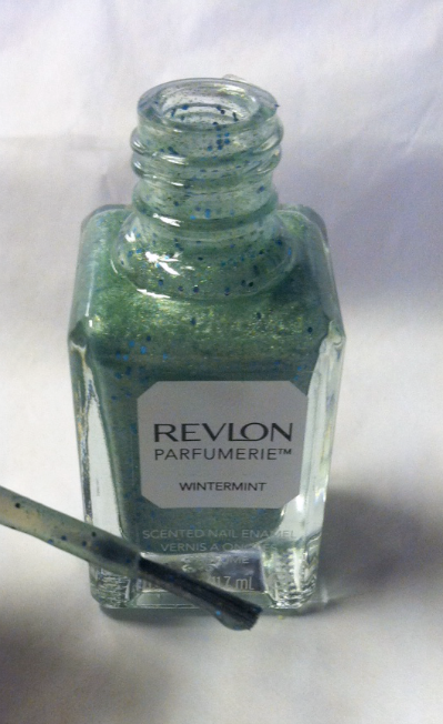 Revlon Scented Nail Polish in Wintermint Brush on southeastbymidwest.com #nails #nailart #bbloggers #revlon
