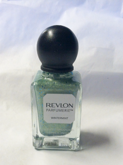 Revlon Scented Nail Polish in Wintermint on southeastbymidwest.com #nails #nailart #bbloggers #revlon