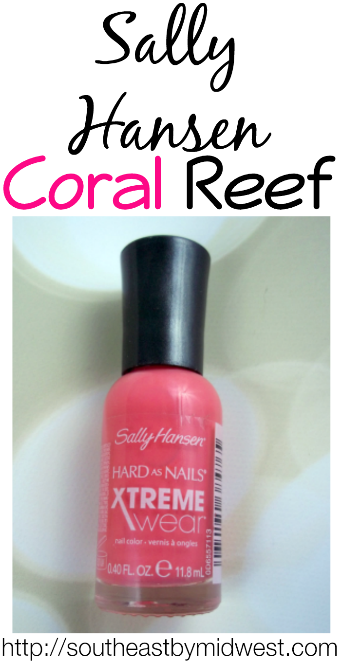 Sally Hansen Coral Reef on southeastbymidwest.com #nails #nailart #notd #beauty #beautyblogger #bblogger #sallyhansen