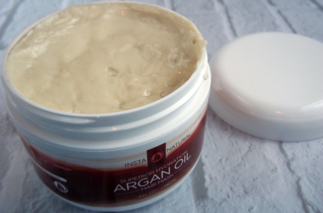 InstaNatural Argan Oil Hair Mask Product on southeastbymidwest.com #InstaNatural #HairMask #beauty #beautyblogger