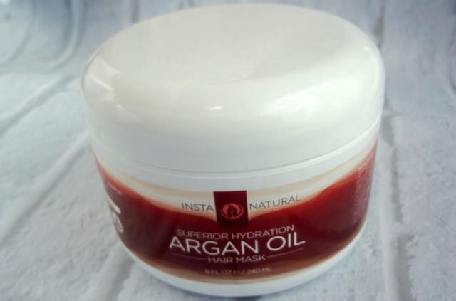 InstaNatural Argan Oil Hair Mask on southeastbymidwest.com #InstaNatural #HairMask #beauty #beautyblogger