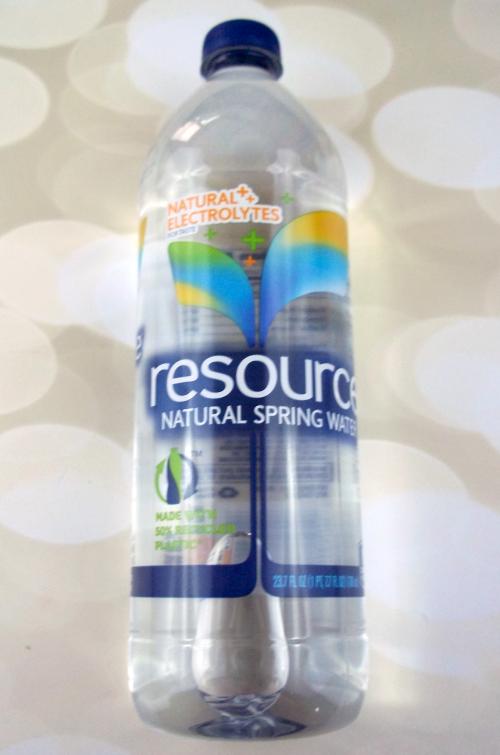 Influenster Moda VoxBox Resource Water on southeastbymidwest.com #modavoxbox #influenster #refreshwithresource