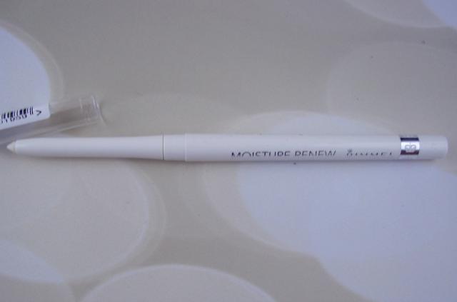 Influenster Moda VoxBox Rimmel Moisture Renew Lip Liner in Transparent on southeastbymidwest.com #modavoxbox #influenster #MoistureRenew #Rimmel