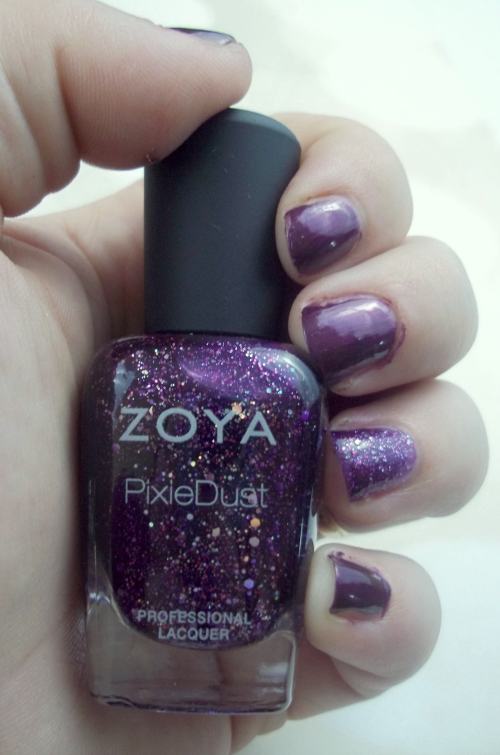 Zoya Wishes Thea on southeastbymidwest.com #zoya #zoyawishes #swatches #zoyaswatches #zoyathea