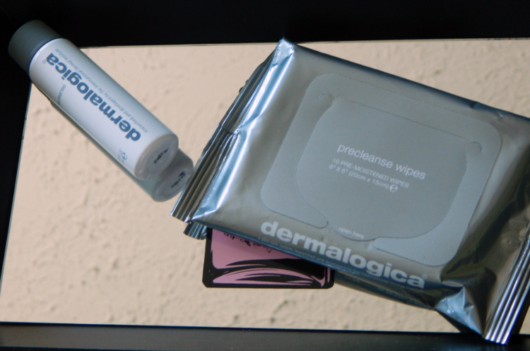 Dermalogica PreCleanse Oil and Wipes Featured Image