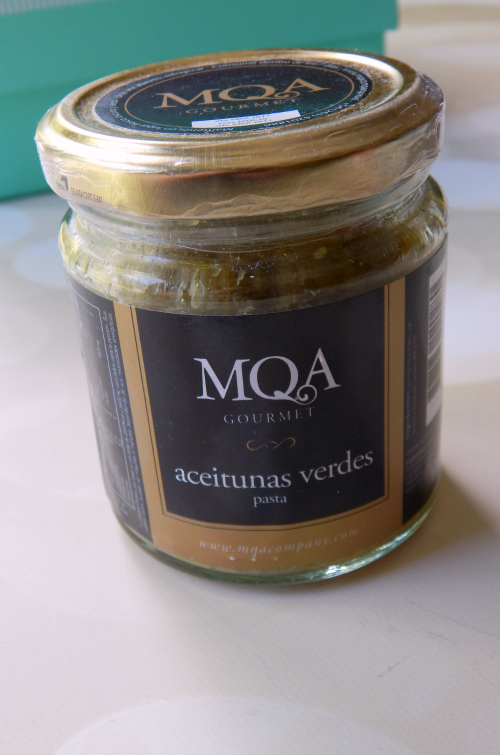 One item in the Try the World Argentina Box was a jar of MQA Gourmet Green Olive Paste #trytheworld #food #subscriptionbox #foodsubscription #foodie