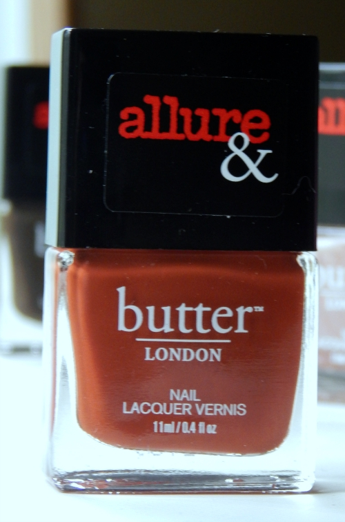 Allure & butterLONDON Arm Candy Collection It's Vintage #butterLONDON #allure #nails #nailpolish #beauty #beautyblogger #itsvintage