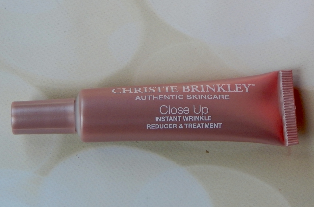 Christie Brinkley Instant Wrinkle Reducer and Treatment Bottle #brinkleyCLOSEUP #skincare #iFabboMember