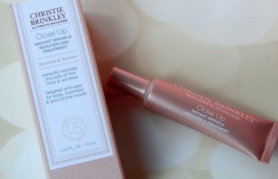 Christie Brinkley Instant Wrinkle Reducer and Treatment Featured Image