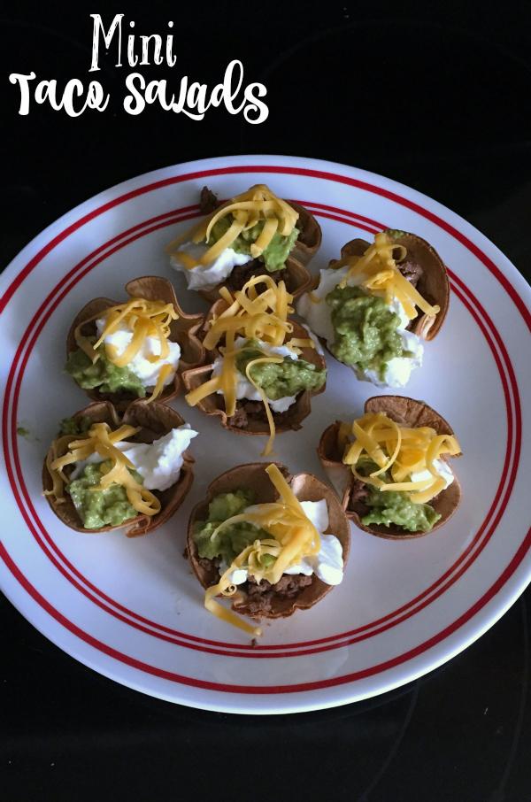 Mini Taco Salads #food #tacos #tacosalad #OEPGameDay #sp