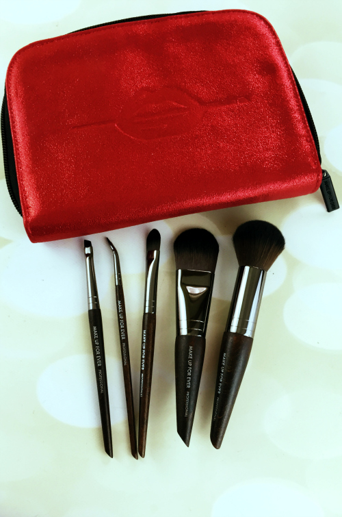 Sephora VIB Rouge Haul Make Up For Ever Cult Favorites Brush Set #beauty #bbloggers #sephora #sephorahaul #vibrouge #makeupforever