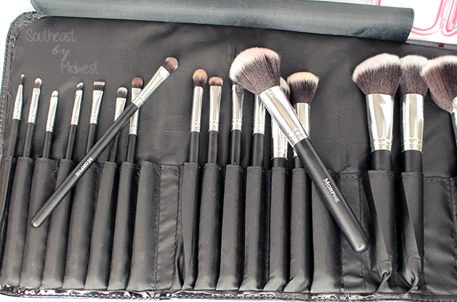 Morphe Brush Set #686 In and Out of Roll || Southeast by Midwest #beauty #bbloggers #morphe