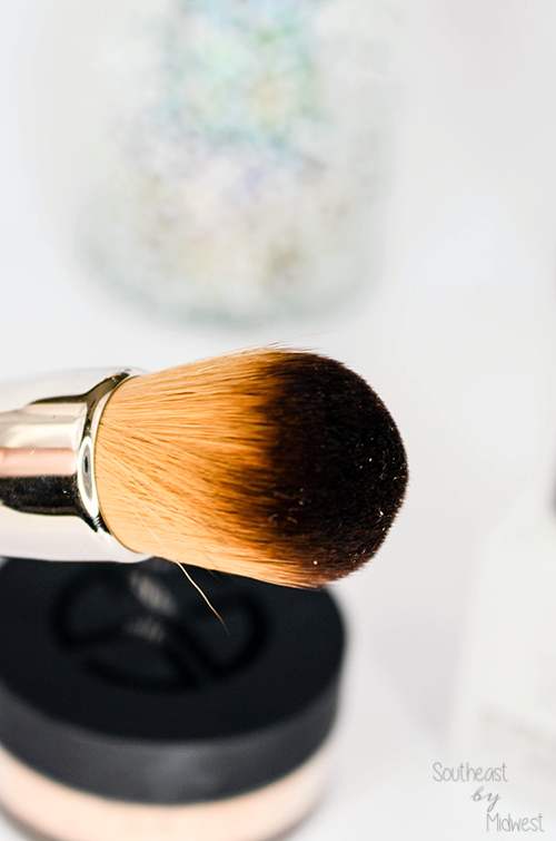 Studio Gear Dual Identity Mineral Foundation Brush || Southeast by Midwest #beauty #bbloggers #studiogearcosmetics