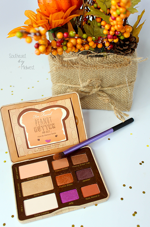 Last Minute Thanksgiving Makeup Step 1 || Southeast by Midwest #beauty #bbloggers #thanksgiving #holidaymakeup #toofaced