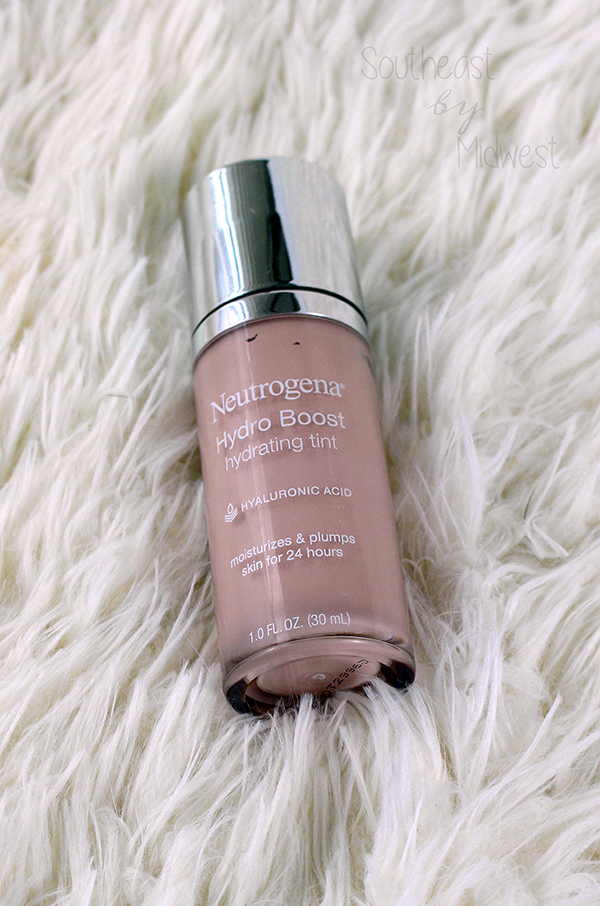 Neutrogena Hydro Boost Foundation || Southeast by Midwest #beauty #bbloggers #neutrogena