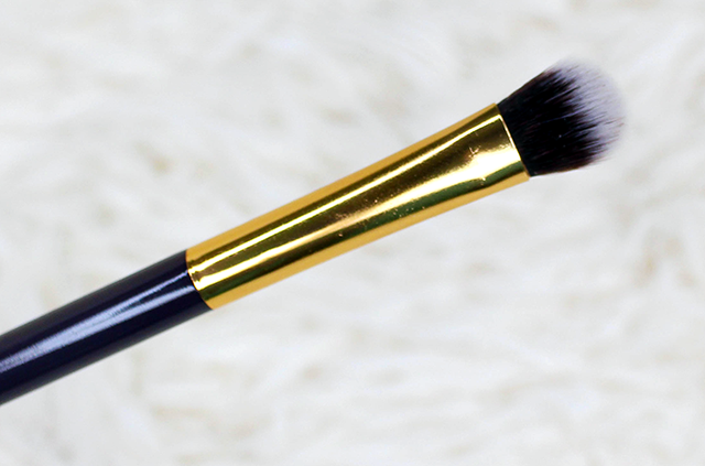 July Ipsy Bag Reveal Brush || Southeast by Midwest #beauty #bbloggers #ipsy #ipsyovereasy