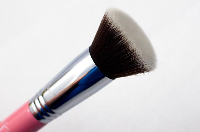 Sigma F80 Bristles || Southeast by Midwest #sigmabeauty #BrushUpOnAwareness #beauty #beautyguru #bbloggers