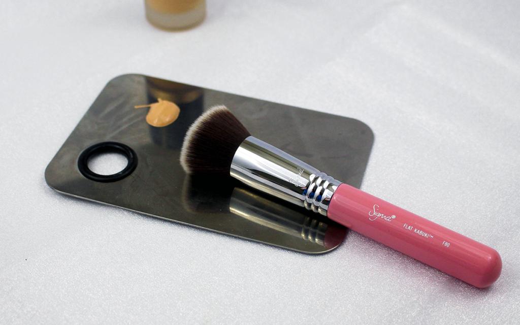Sigma F80 Featured Image || Southeast by Midwest #sigmabeauty #BrushUpOnAwareness #beauty #beautyguru #bbloggers