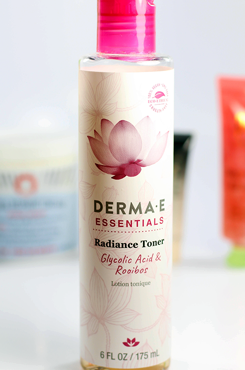 January 2018 Favorites Derma E Radiance Toner || Southeast by Midwest #beauty #bbloggers #beautyguru #beautyfavorites