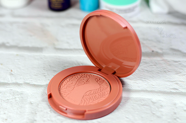 July 2018 Sephora Play Unboxing Tarte Blush || Southeast by Midwest #SephoraPlay #beautysubscriptionbox #beauty #bbloggers