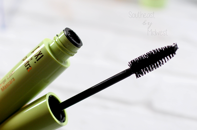 Pixi Large Lash Mascara Review Product Review || Southeast by Midwest #pixibeauty #beauty #bbloggers #bblogger #beautyguru