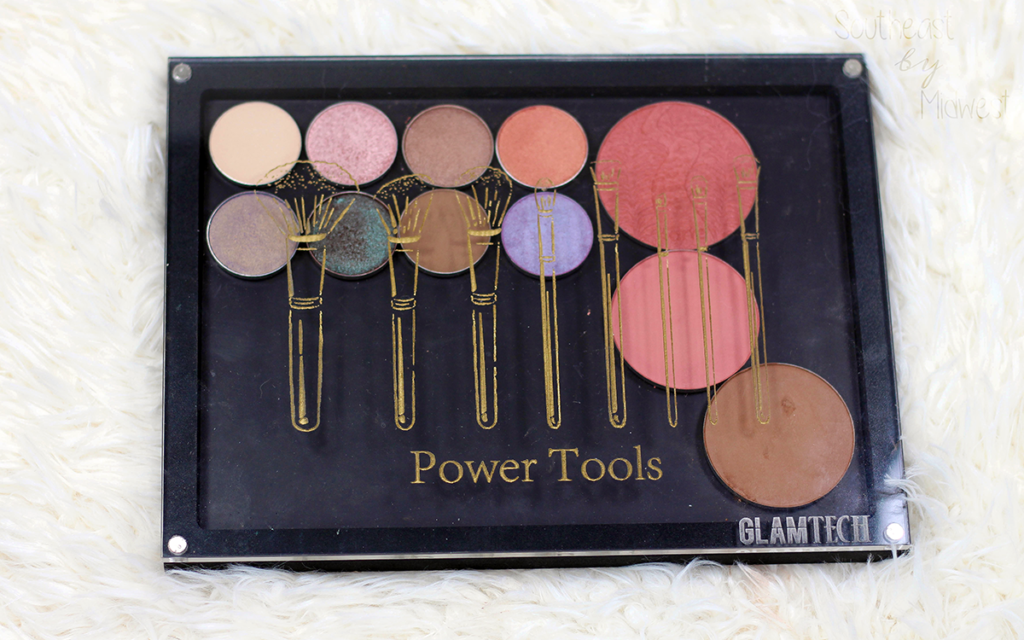 GlamTech Magnetic Palette Review Featured Image || Southeast by Midwest #glamtech #beautytools #bbloggers