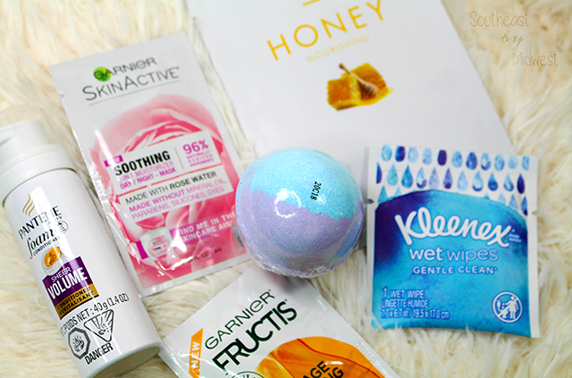 Mail Haul Monday for August Walmart Beauty Box || Southeast by Midwest #mailhaulmonday #beautyhaul #bbloggers