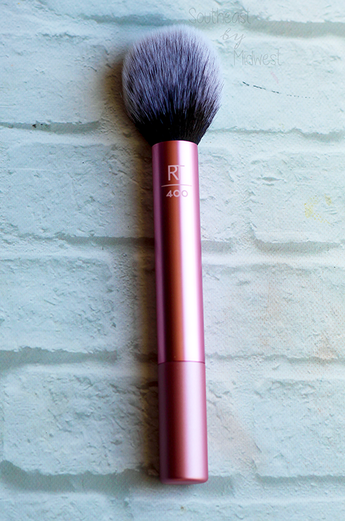 Real Techniques Everyday Essentials Brush Set Blush Brush || Southeast by Midwest #realtechniques #RTtoolUp #beauty #bbloggers #beautyblogger