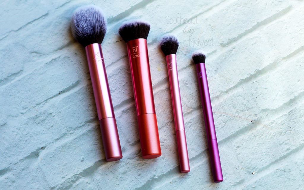 Real Techniques Everyday Essentials Brush Set Featured Image || Southeast by Midwest #realtechniques #RTtoolUp #beauty #bbloggers #beautyblogger