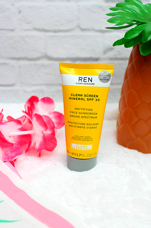 REN Clean Screen Mineral SPF 30 Sunscreen Review Bottle Standing || Southeast by Midwest #beauty #bbloggers #RENCleanSkincare #RENPartner