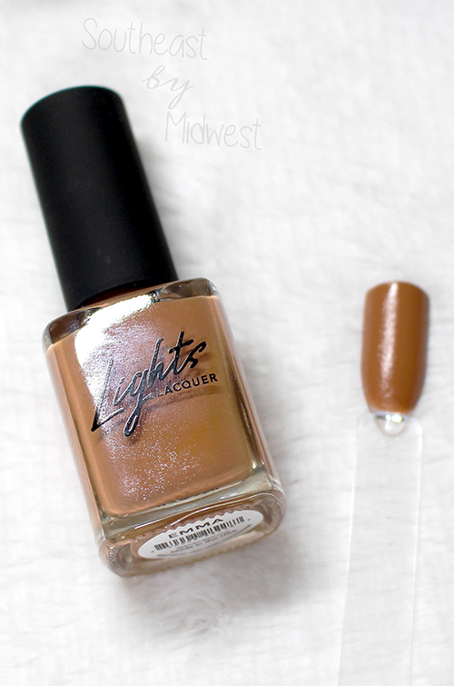 Lights Lacquer YNBB Emma Swatch || Southeast by Midwest #beauty #bbloggers #manimonday #lightslacquer